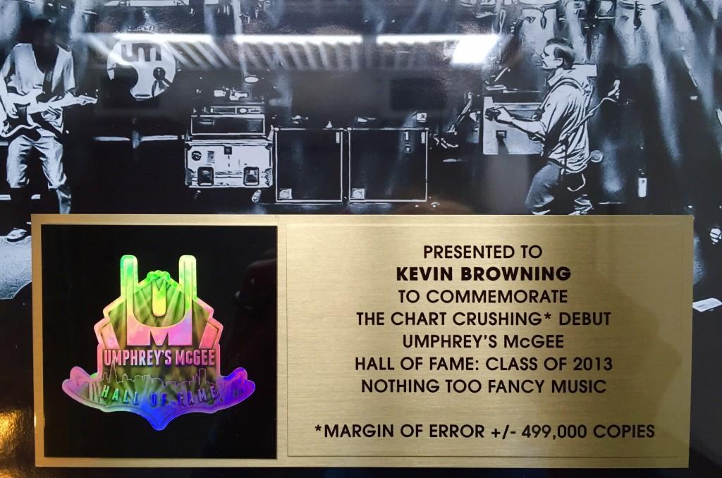 umGOLD plaque